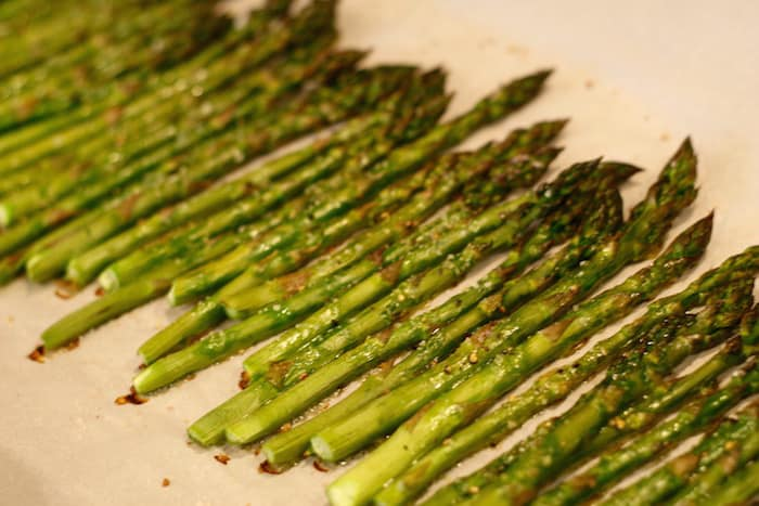 cooked oven roasted asparagus