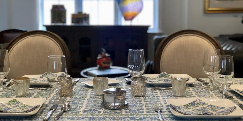 Greg Fly table setting