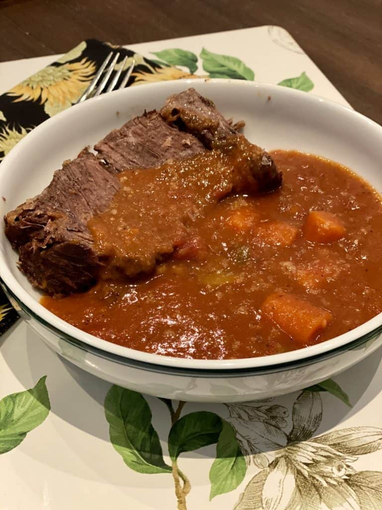 finished pot roast with sauce